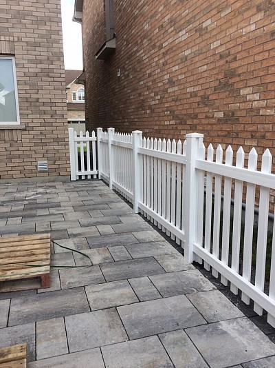 White Scallop Picket fence with Gothic c